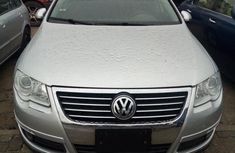 Volkswagen Passat 2007 Silver for sale