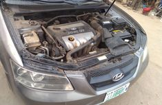 2007/2008 Hyundai Sonata with Faulty engine up for sale. (Negotiable)
