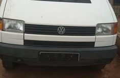 Volkswagen Commercial 2001 White for sale