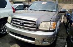 Toyota Sequoia V8 2003 Grayfor sale