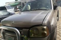 Nissan Frontier 2004 Brown for sale