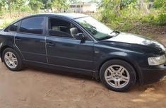 Volkswagen Passat 2000 Green for sale
