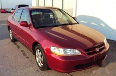 everything is well working Honda Accord 2000 Coupe Red color for sale