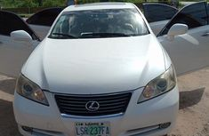 Lexus ES350 2008 White color for sale in excellent condition