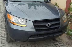 Hyundai Santa Fe 2009 Gray color for sale