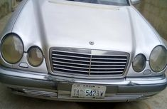 Mercedes-Benz E320 2000 Gold for sale