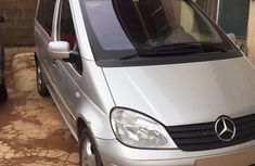 Mercedes-Benz Vaneo 1.6 Trend Automatic 2004 Silver color for sale