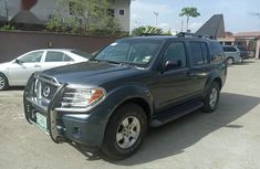 Nissan Pathfinder 2006 LE 4x4 Gray for sale