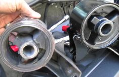 3 most common symptoms of failing engine mounts