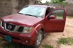 Nissan Pathfinder 2006 Red for sale