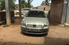Toyota Avensis 2005 Silver for sale