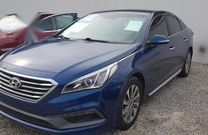 Hyundai Sonata SE 2016 Blue color for sale