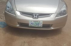Honda Accord 2000 in a very good condition Gold color for sale