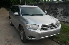 Toyota Highlander Sport 2010 Silver for sale