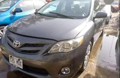 Very clean Toyota Corolla 2012 color for sale
