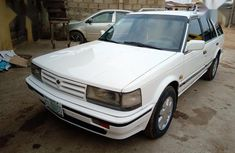 Nissan Bluebird 1988 White for sale