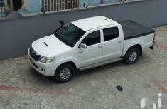 Toyota Hilux 2012 2.7 VVT-i 4X4 SRX White for sale