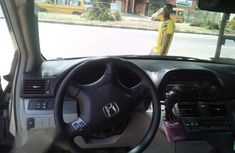 Honda Odyssey 2006 extremely clean blue color for sale