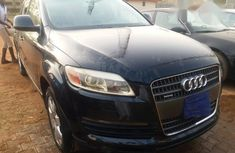 Audi Q7 2007 3.6 FSI in good condition Blue color for sale
