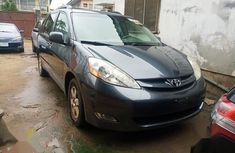 Toyota Sienna XLE 7 Passenger 2010 Gray for sale