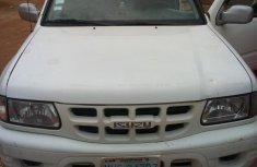 Isuzu Rodeo 2000 White for sale