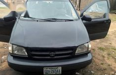A neatly used  Toyota Sienna 1999 Black color for sale