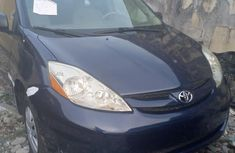 Toyota Sienna 2006 Blue for sale
