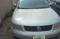 Volkswagen Passat 2001 2.8 Automatic Silver for sale