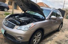 Very sharp neat grey 2009 Chrysler I35 for sale in Ibadan