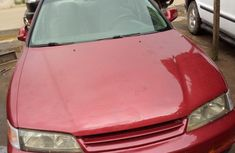Sound car  Honda Accord 1996 Red color for sale