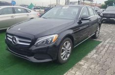 Selling 2015 Mercedes-Benz C300 automatic at mileage 76,468