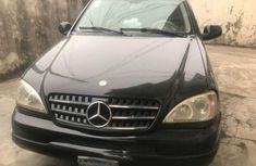 Sell well kept 2003 Mercedes-Benz ML 320 automatic