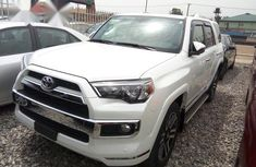 Toyota 4-Runner 2017 White for sale