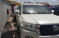 Super clean Toyota Land Cruiser 2019 White for sale