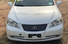 Buy and drive Lexus ES 350 2009 White  color for sale