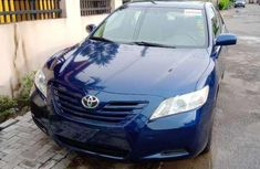 Need to sell blue 2007 Aston Martin Camry at mileage 80,000 in Lagos