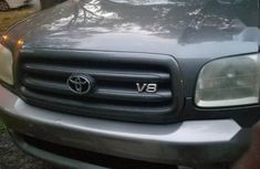 Toyota Sequoia 2004 Gray for sale