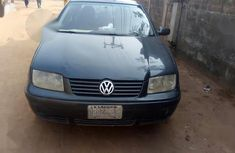 Volkswagen Bora 1.6 2004 Blue for sale