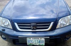 Neatly used Honda CR-V 2000 blue for sale