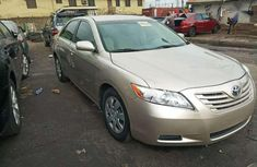 Sell well kept 2007 Aston Martin Camry automatic at mileage 73,421