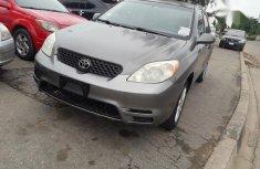 Toyota Matrix 2004 Gray for sale