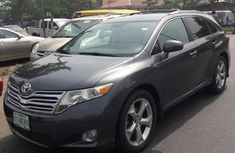 Toyota Venza AWD V6 2010 Gray  for sale