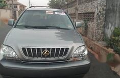 Very clean and in perfect condition Lexus LX 2003 Gray color for sale