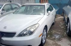 Lexus ES 2005 White for slae