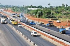 Official urges motorists to drive safely on Lagos-Ibadan expressway, 50 kmh is ideal!