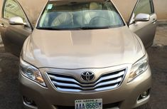 Neatly used Toyota camry 2007 model | V6