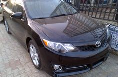Tokunbo 2014 Toyota Camry SE