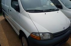 Neatly used 2000 Toyota HiAce for sale in Lagos