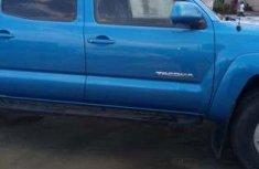 Neat Foreign used Toyota Tacoma 2006