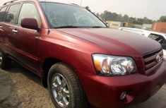 Sell red 2006 Toyota Highlander automatic in Lagos at cheap price